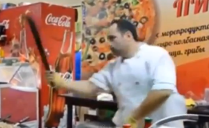crazy knife wielding kebab man