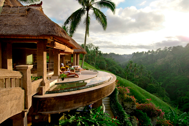 most-mesmerizing-hotels-you-want-to-stay-with-friends-52
