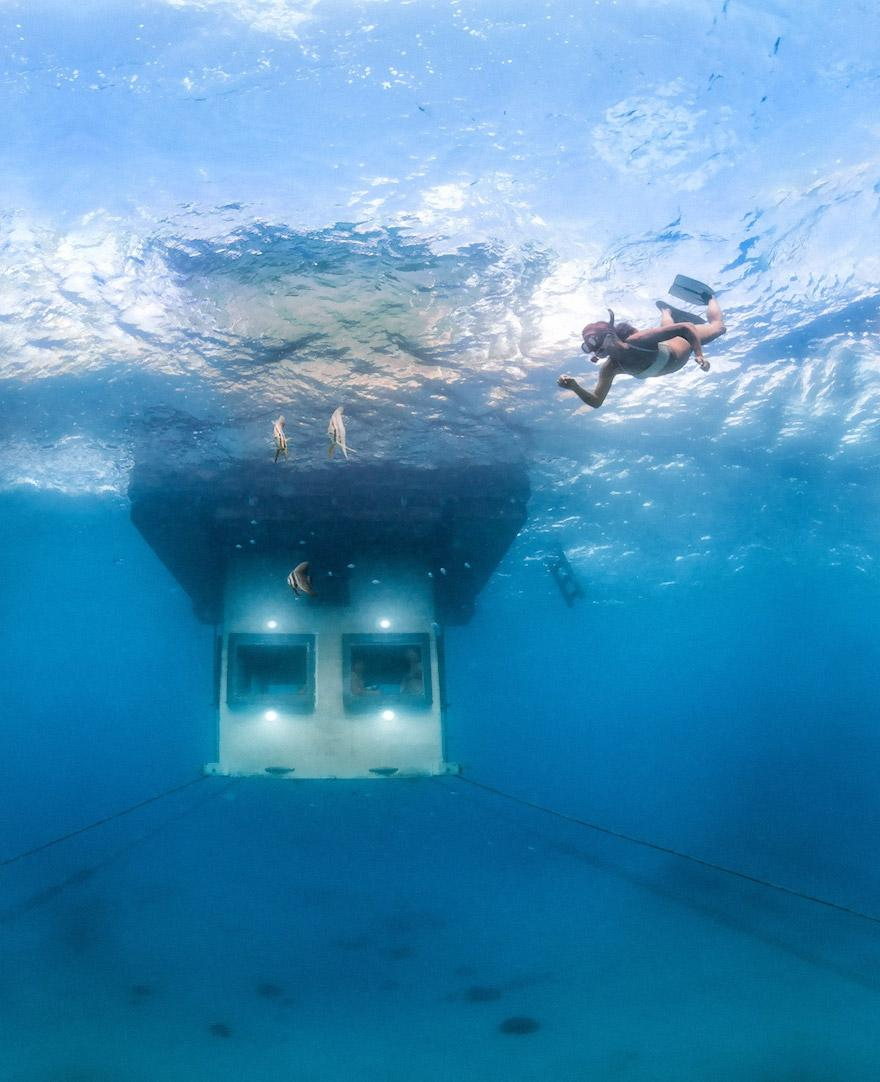 underwater-hotel-the-manta-mikael-genberg-10