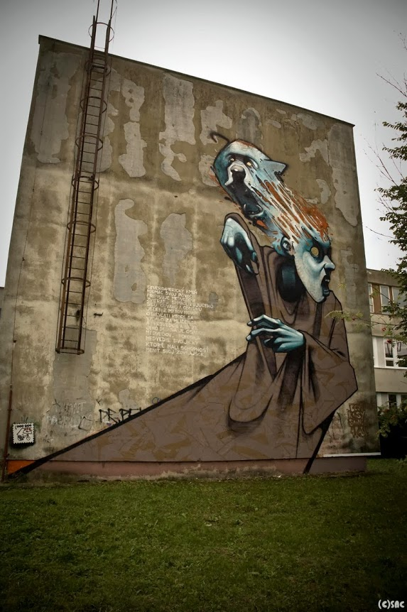 Etam-Cru-in-Poland