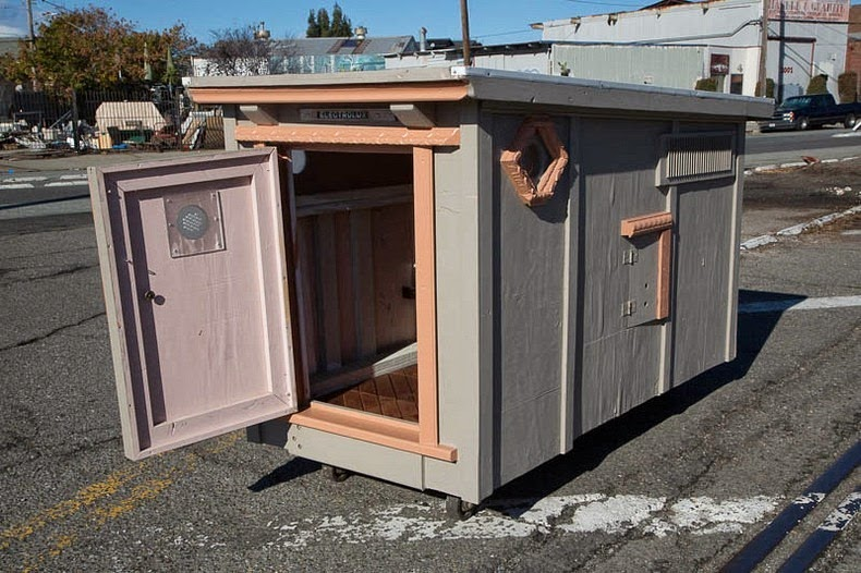 gregory-kloehn-dumpster-homes-10