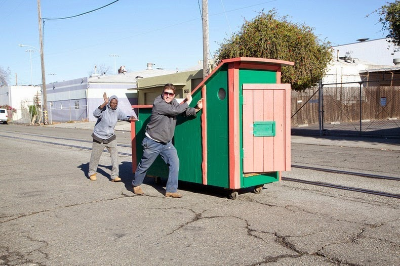 gregory-kloehn-dumpster-homes-13