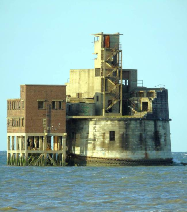 river thames fort for sale 3
