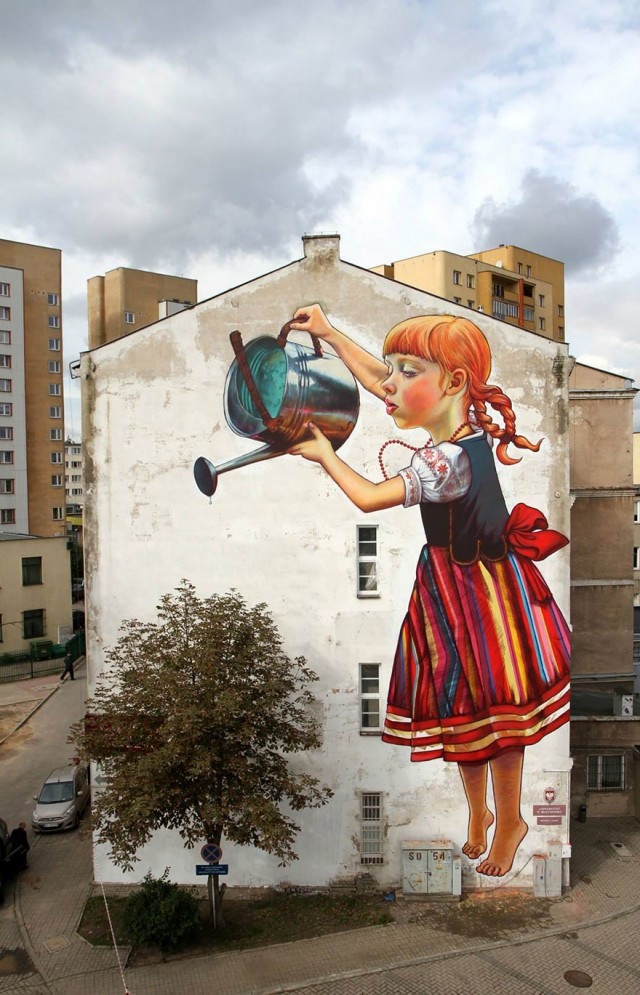 street art using surroundings 3