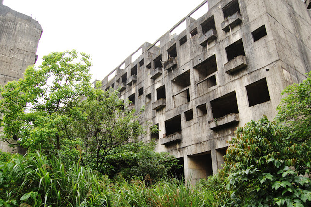 taiwan abandoned buildings 12