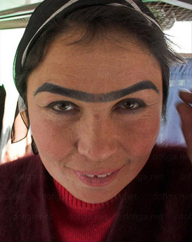 ridic eyebrows 14