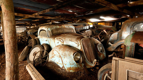 Two Brothers Find Their Grandfathers Abandoned 50 Year Old Car