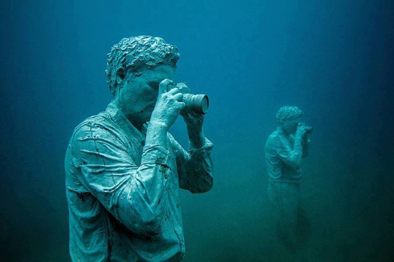 jason decaires taylor 8